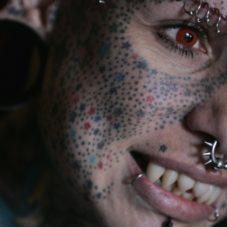 Мария Хосе Кристерна: Женщина-дьявол для особенных Бро