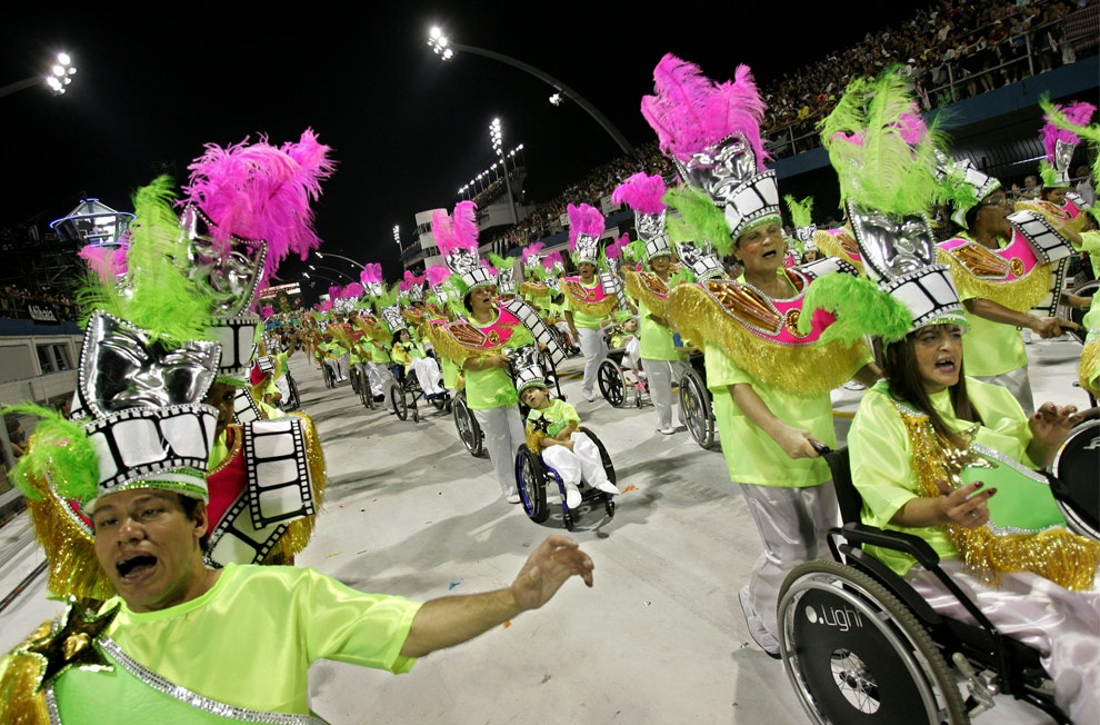 Эротический карнавал онлаин 19 фотография