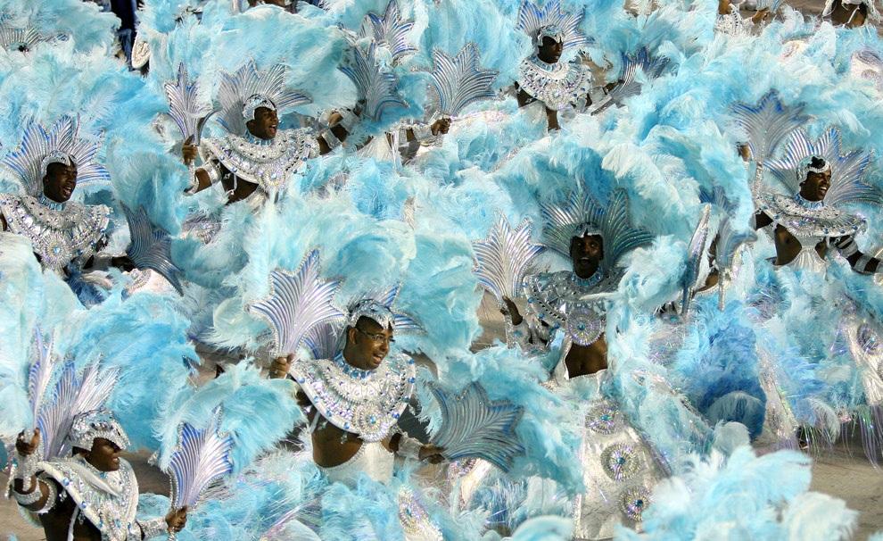 Эротический карнавал онлаин 18 фотография