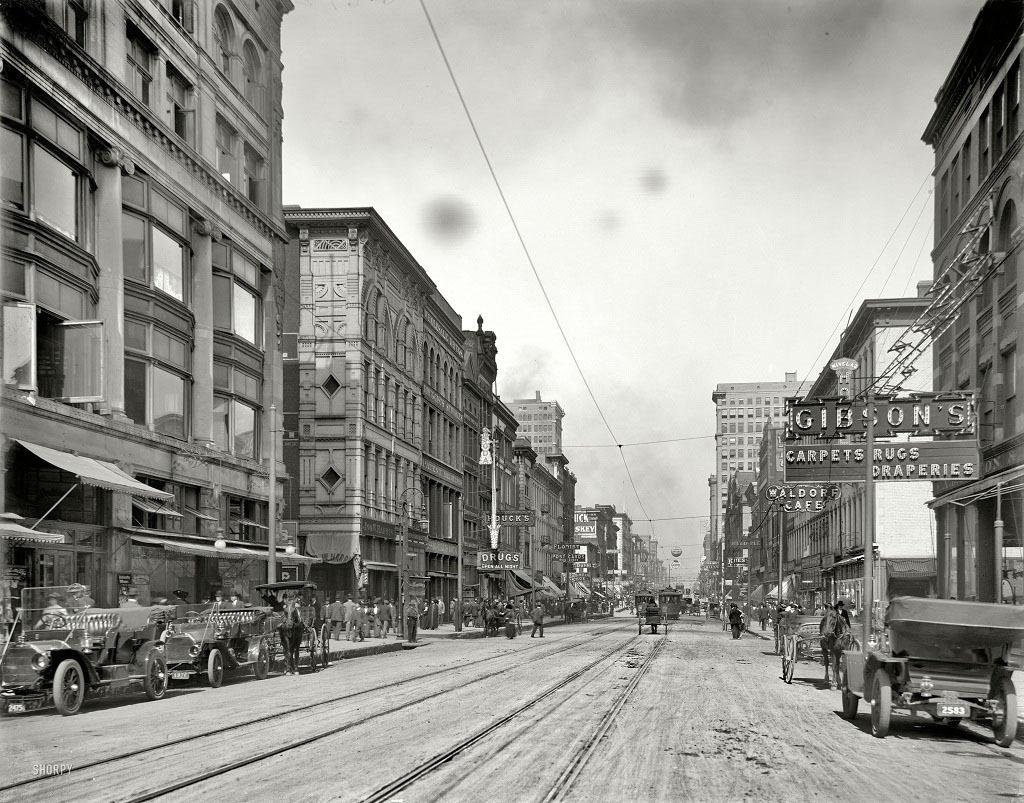 Главная улица Мемфиса, к северу от авеню Gayoso, 1910 год.
