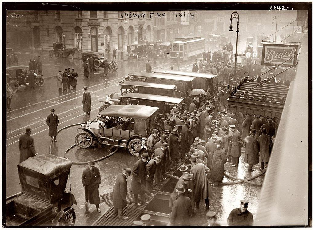 Пожар на 55-й улице, Нью-Йорк, 1915 год.