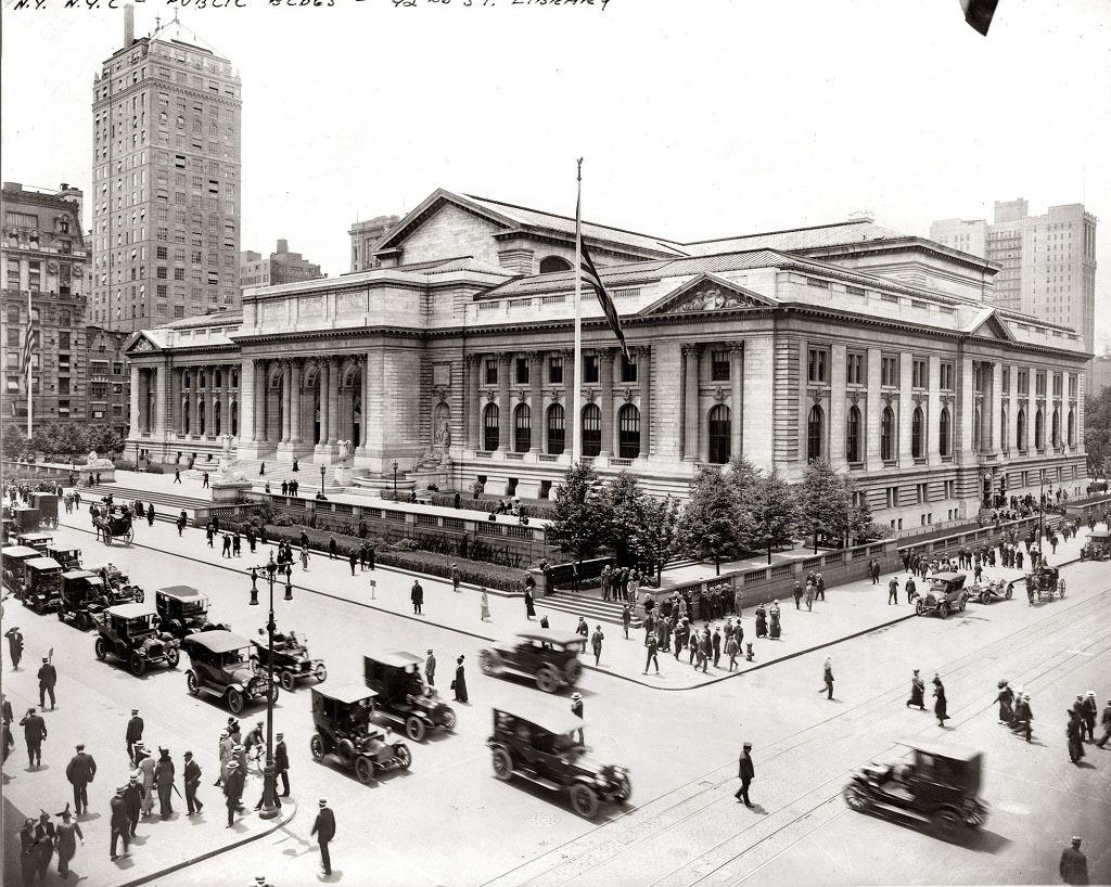 Нью-Йоркская публичная библиотека, Нью-Йорк, 1915 год.