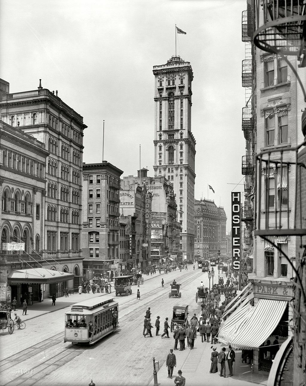 """Бродвей и здание """"Таймс"""", Нью-Йорк, 1915 год."""