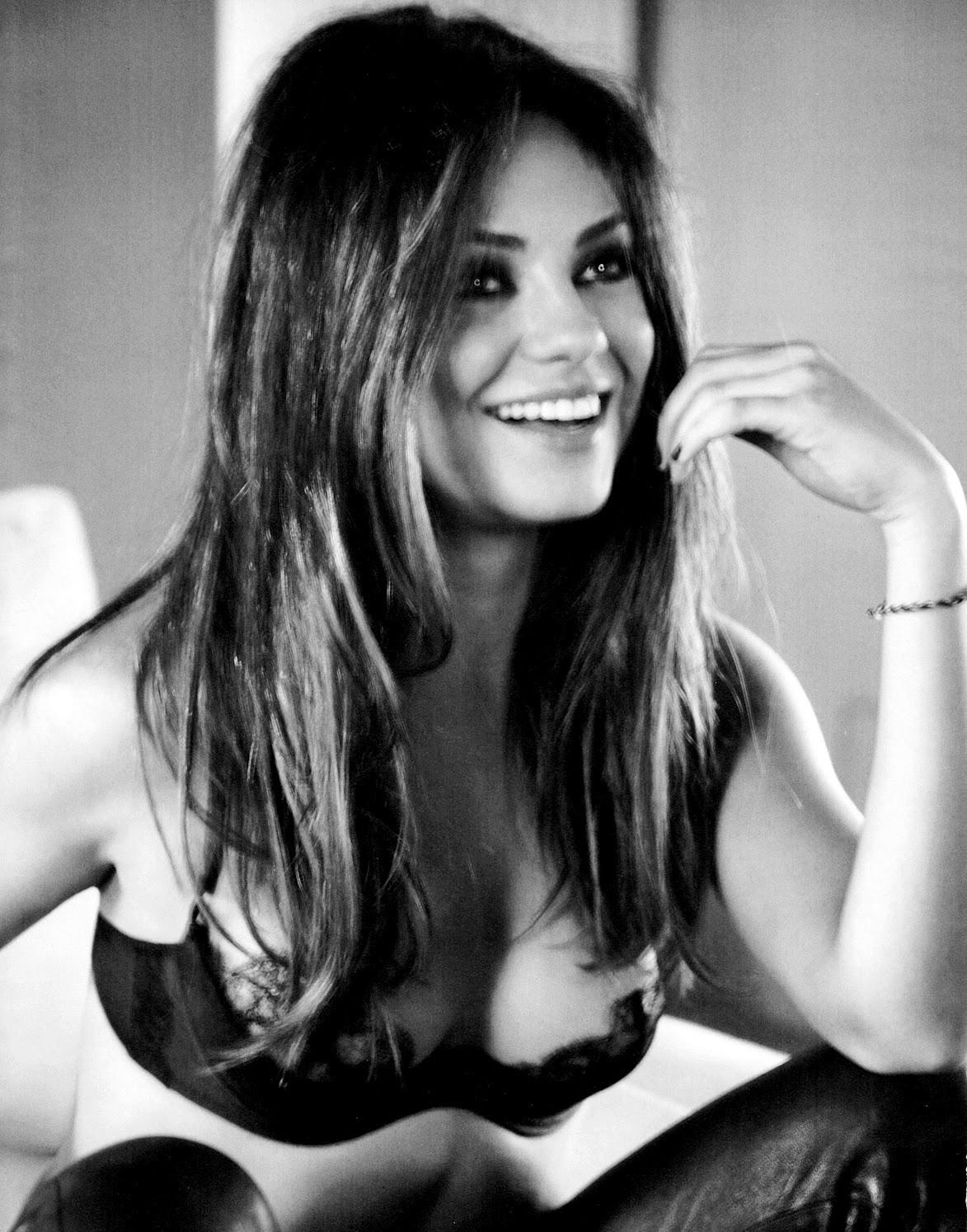 Mila-Kunis-Esquire-November-2012-4