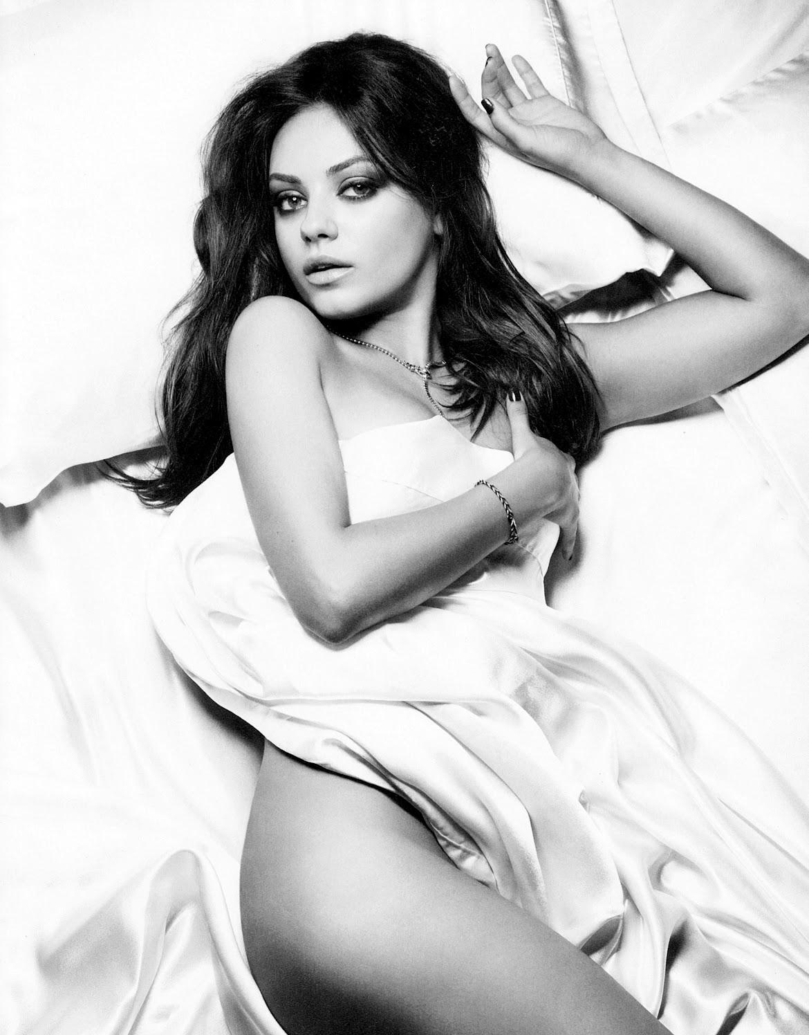 Mila-Kunis-Esquire-November-2012-5