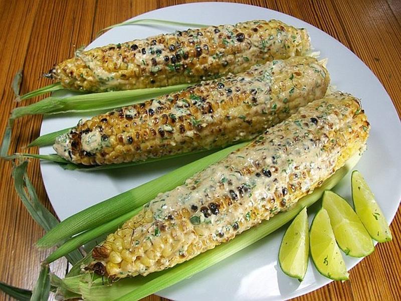 Очень вкусной получается кукуруза на гриле