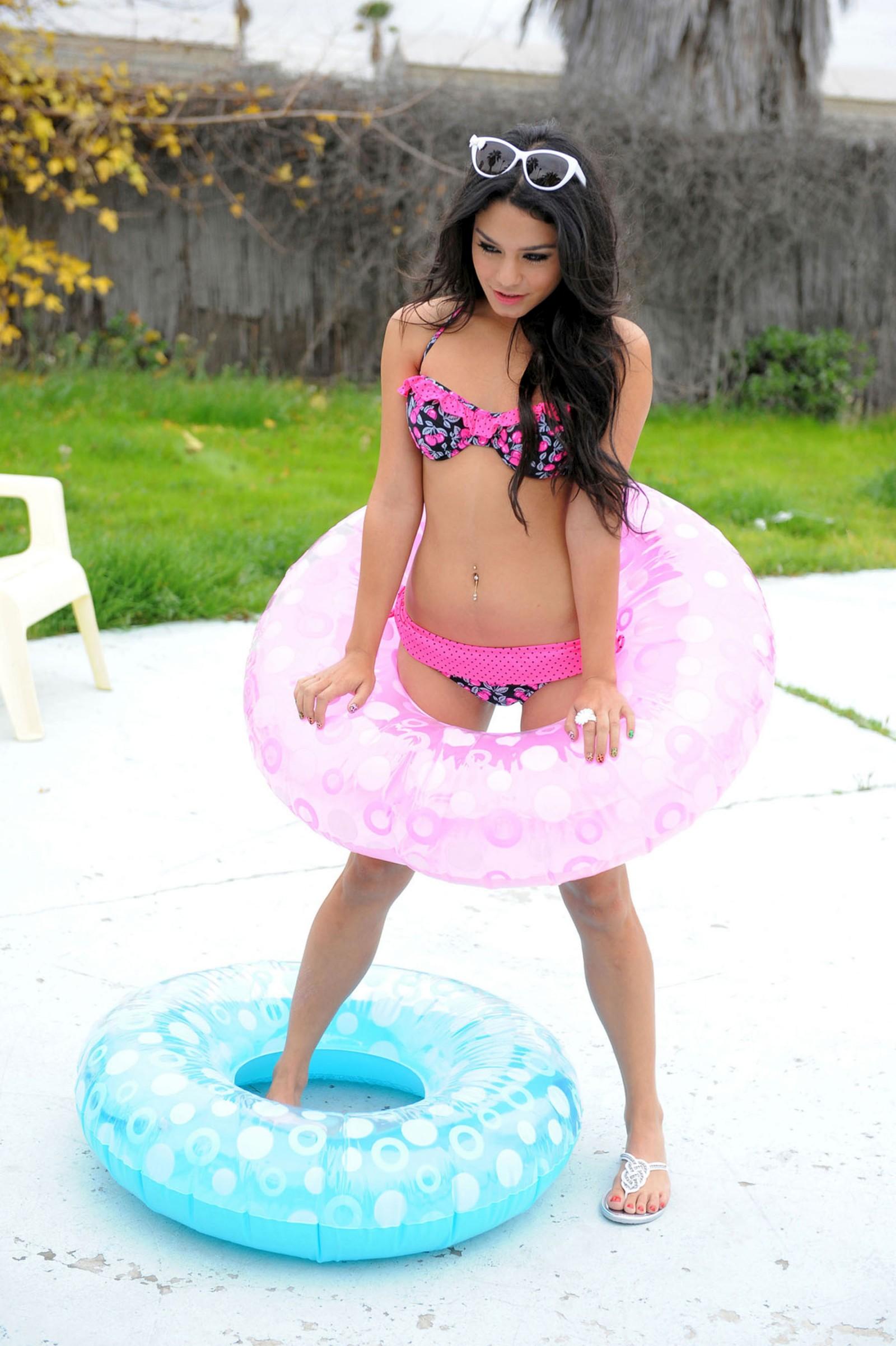 Vanessa-Hudgens 1227247329