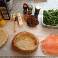 Шутер-сэндвич с лососем