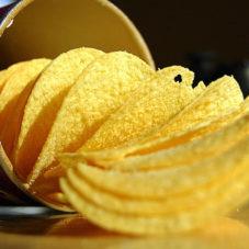 Зачем люди едят чипсы?