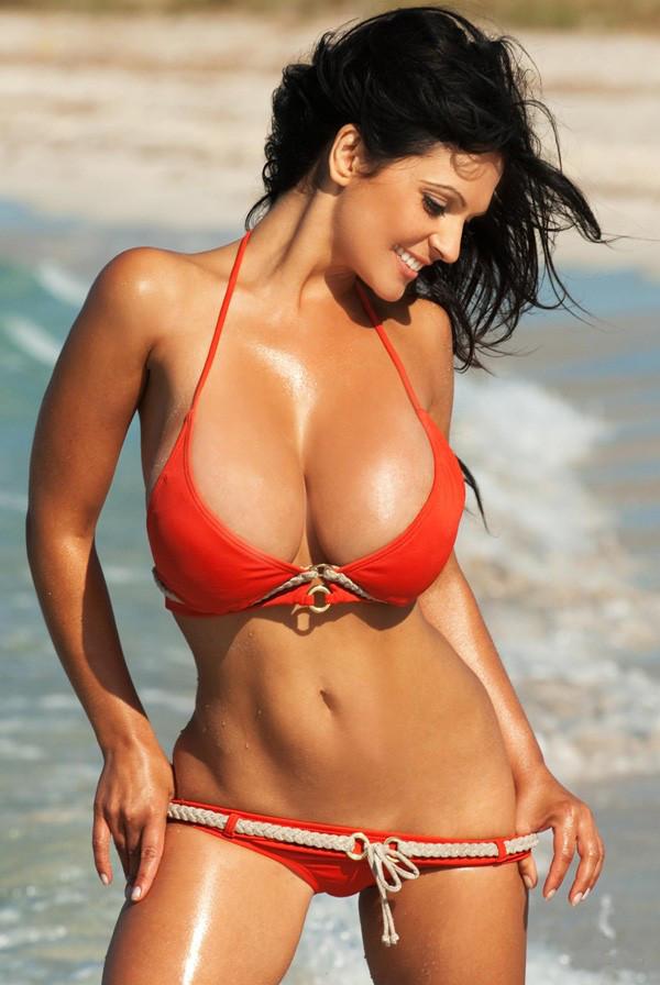 Big breast petite babe boobs