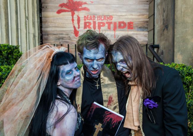 Zombie-wedding1113795044