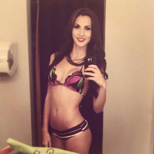 Красивые девушки с красивыми тату BroDude.ru devushki s tatu 1327350557