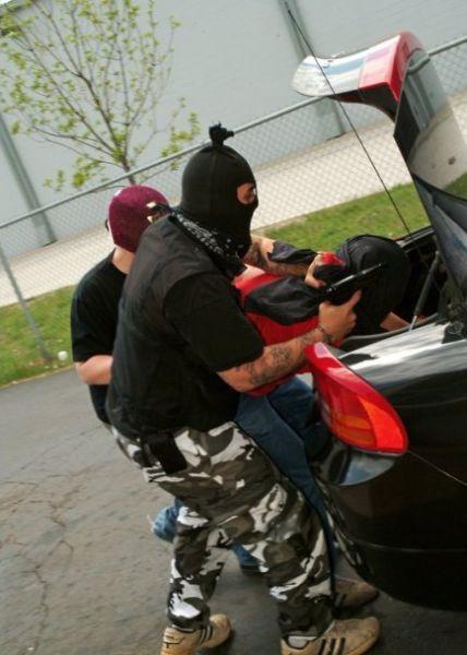 Экстремальное похищение BroDude.ru pohishenie ludey 0634097811