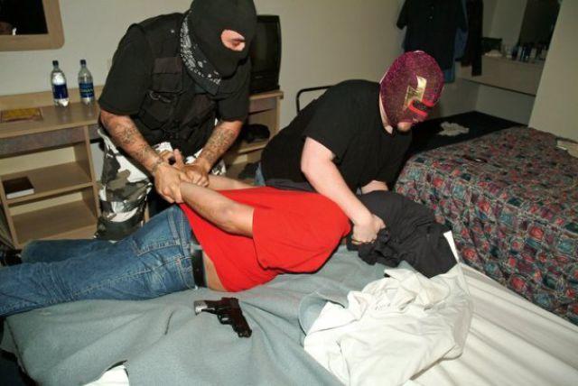 Экстремальное похищение BroDude.ru pohishenie ludey 1491428989