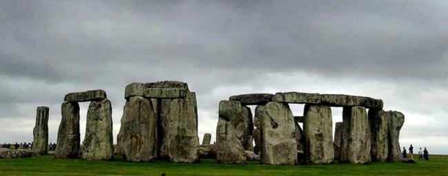 stonehenge0121553764