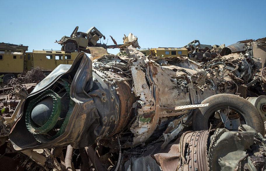 Памятник свалка в Эритрее BroDude.ru voennaya tehnika 0681478122