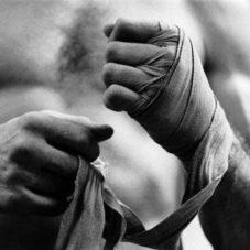 Как выиграть в кулачном бою
