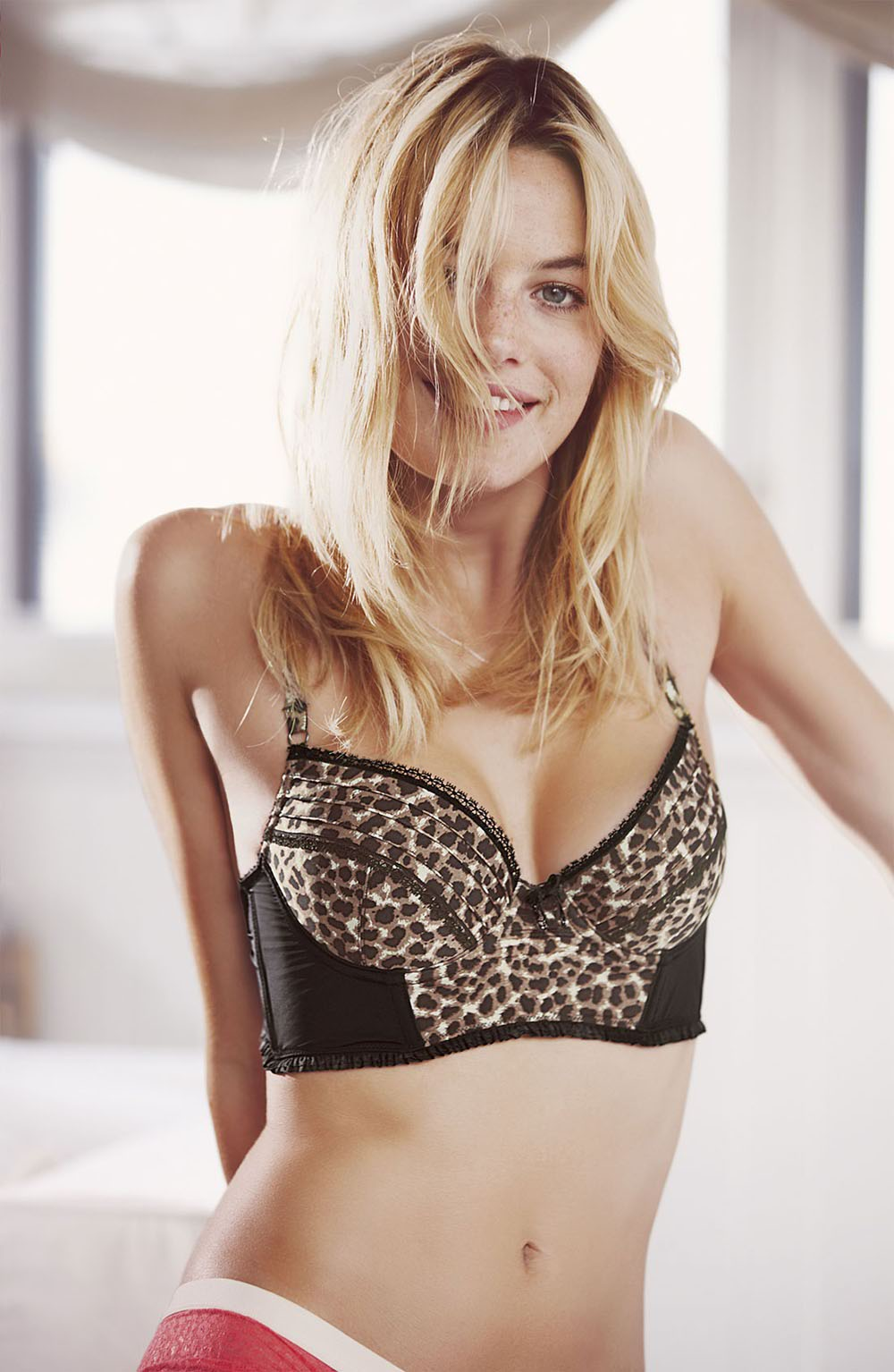 camille rowe1968004938