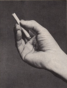 Определи характер человека по тому, как он держит сигарету BroDude.ru cigaretes hold2112521879