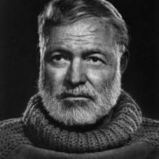 Эрнест Хемингуэй — отличный писатель с отличной бородой