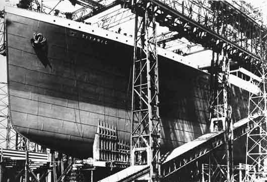 5 гигантов, которые были уничтожены  BroDude.ru titanik0323233491