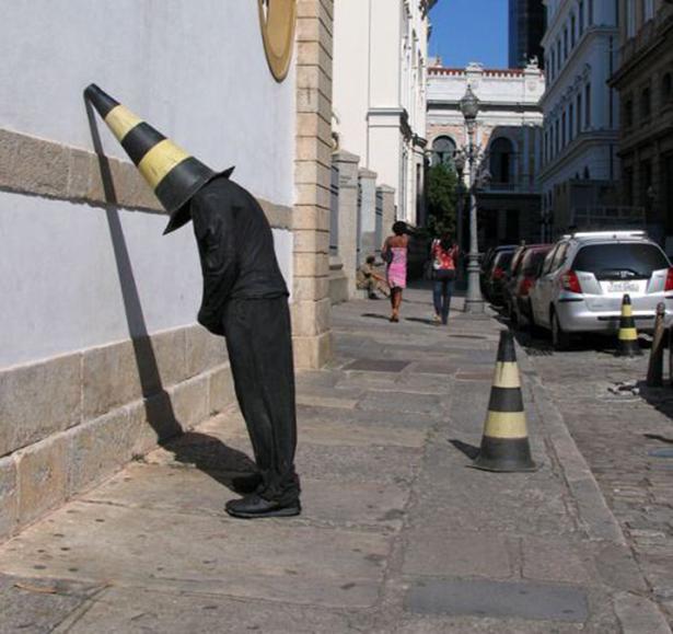Уличные чудачества BroDude.ru brodude.ru, 2.07.2013, bVN0sNtDMuf4pHsYgbZeVGx5ylY91AMl