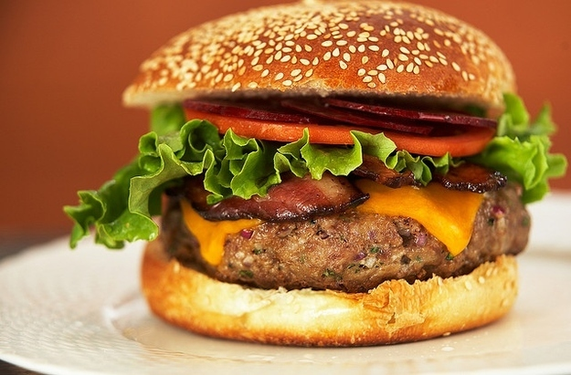 Австралийский гамбургер BroDude.ru brodude.ru, 24.07.2013, SZt5lFshX6AtKfXfKwJf453WfGRGdqFY