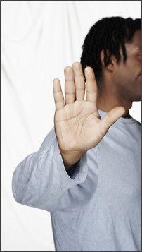 6 невинных жестов, за которые тебе надерут зад в других странах BroDude.ru brodude.ru, 30.07.2013, TpOa3kNfyJnKcF0N1zU8waP6KsqFhJw1