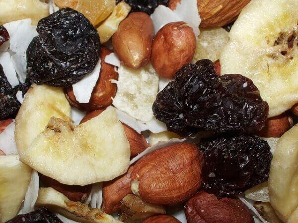 Типичная закуска для офиса и сколько тебе нужно пахать в спортзале, чтобы ее отработать BroDude.ru brodude.ru, 1.08.2013, dgJdDL0cGfEIN7EV84kDKVGcplZsqFD9