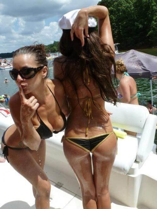 Сезон бикини все еще продолжается BroDude.ru brodude.ru, 2.08.2013, 8QkAH067KqrP7hcx9BbWKIhXIXwkjkCY