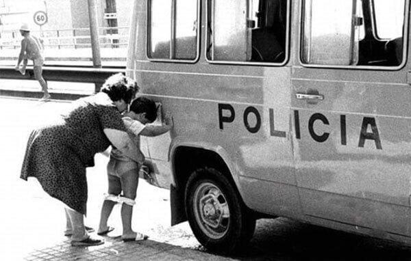Полицейские будни BroDude.ru brodude.ru, 2.08.2013, fCsSYkcZzjHcKpWRbBa19WqBiz3YXcHG