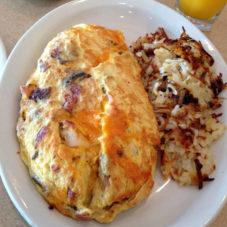 Идеальный мужской завтрак #1: омлет по-американски