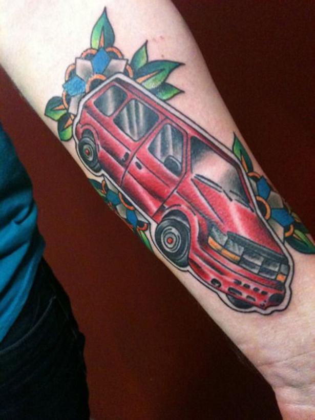 Татуировки на автомобильную тему BroDude.ru brodude.ru 1.11.2013 4sqCnGozD2Lld