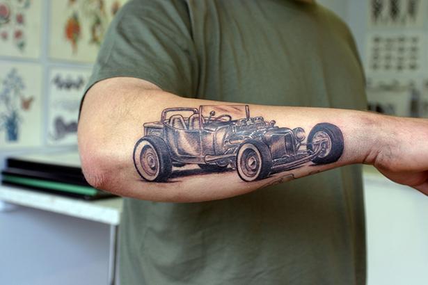 Татуировки на автомобильную тему BroDude.ru brodude.ru 1.11.2013 IOzYeg1KnoWy7