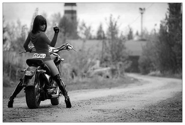 Девушки на мотоциклах BroDude.ru brodude.ru 1.11.2013 OUiNmfzpcGMfk