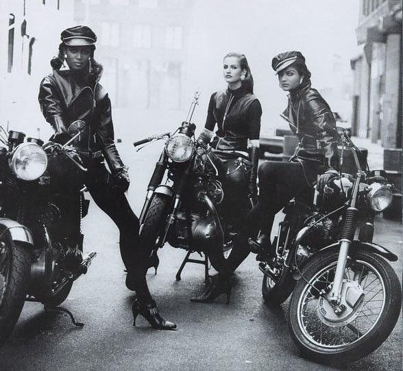 Девушки на мотоциклах BroDude.ru brodude.ru 1.11.2013 UD5LANsEwqbGO