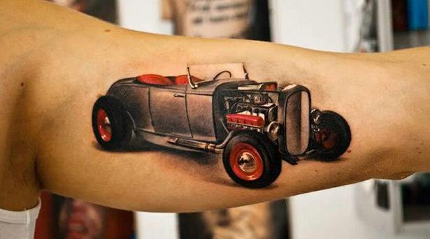 Татуировки на автомобильную тему BroDude.ru brodude.ru 1.11.2013 moGFHYH2A3v65