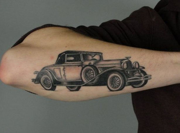 Татуировки на автомобильную тему BroDude.ru brodude.ru 1.11.2013 zZPgPaLcF00xk