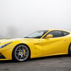 Грустная история про полицейского и ярко-желтую Ferrari 458 Spider