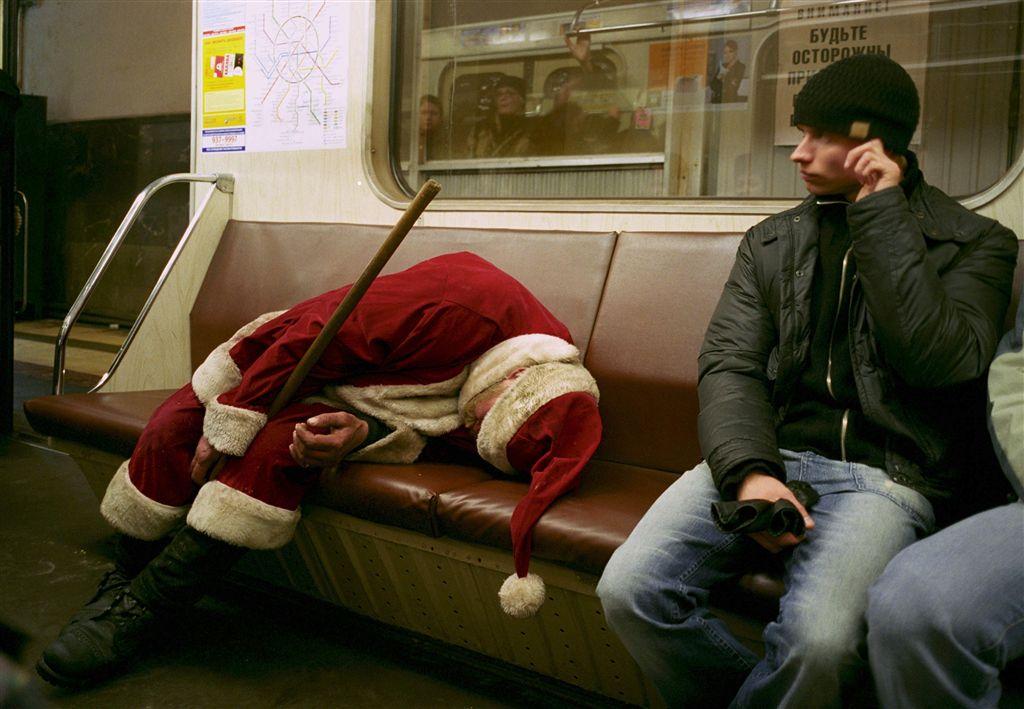 Дед Мороз, а не говна кусок: создай себе праздничное настроение BroDude.ru brodude.ru 25.12.2013 dTbmVEFghQjEu