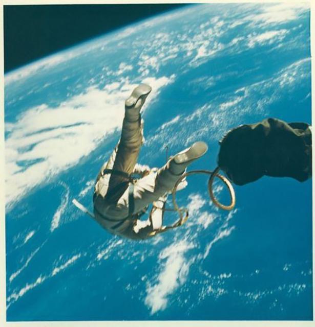 Старые фото NASA BroDude.ru brodude.ru 30.12.2013 Gk4rc1J8qjcN8