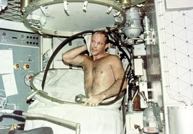 Старые фото NASA BroDude.ru brodude.ru 30.12.2013 g71ICqwNuqIsJ