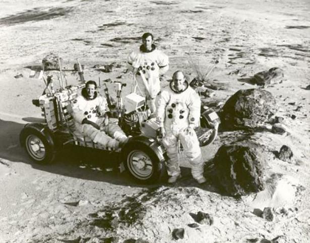 Старые фото NASA BroDude.ru brodude.ru 30.12.2013 h5HzDCf3boarh