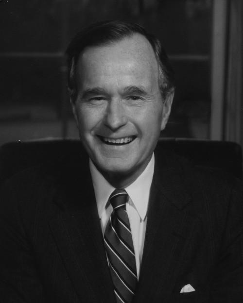 Джордж Буш ст.