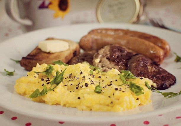Идеальный мужской завтрак #9 — Гиперпростейший омлет