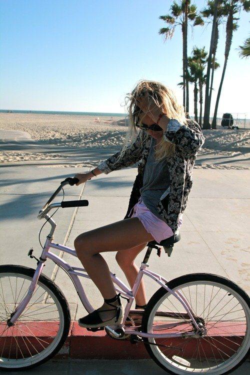 Велосипедистки рулят! BroDude.ru brodude.ru 27.02.2014 h6EfbQGjlrQGC