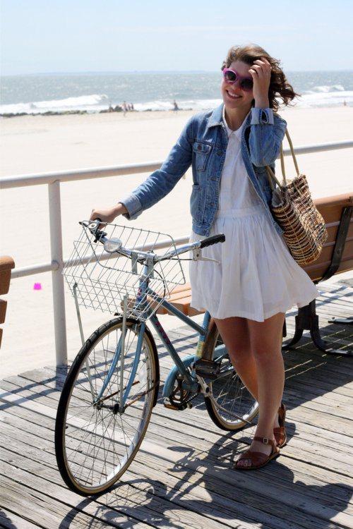 Велосипедистки рулят! BroDude.ru brodude.ru 27.02.2014 qjiGbTcsH0YBF
