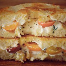 Идеальный мужской завтрак #19 — Бублик, поджаренный с сыром