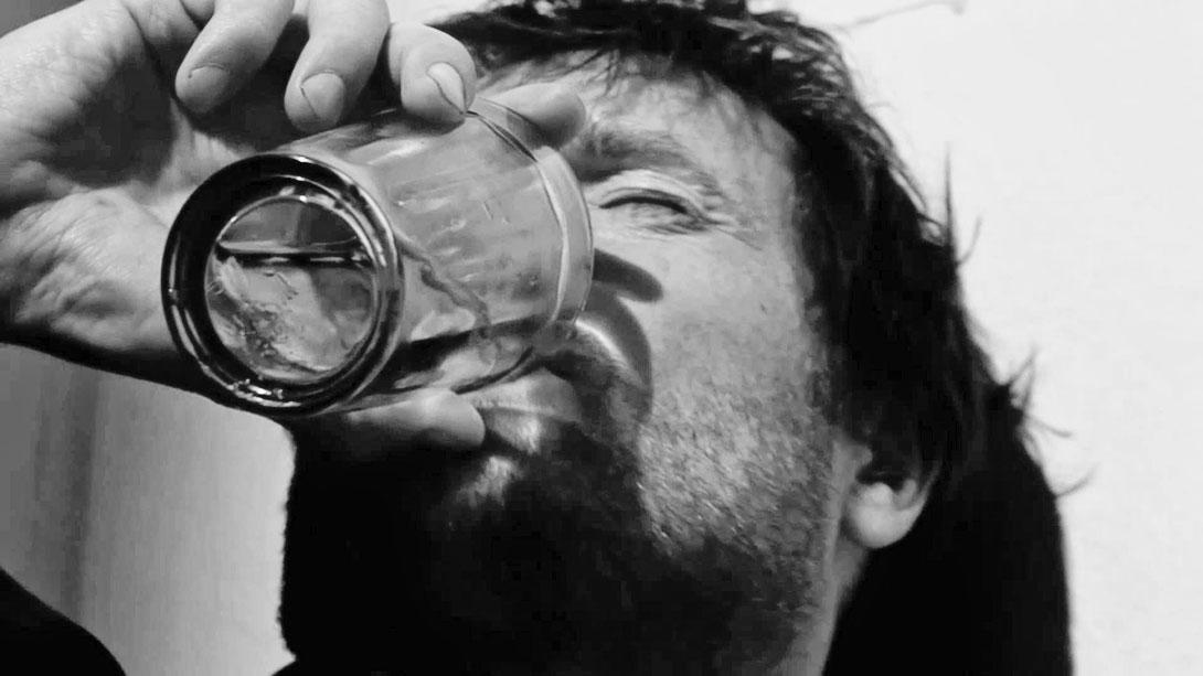 Как выпить, но не ужраться? BroDude.ru brodude.ru 5.03.2014 CswFDiYeVwRYM