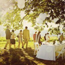 Почему девушки хотят свадьбу?